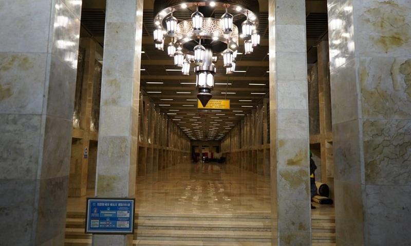 https: img-k.okeinfo.net content 2020 05 15 470 2214604 menteri-basuki-saya-minta-produk-lokal-digunakan-dalam-renovasi-masjid-istiqlal-NFs4XkBJrq.jpg
