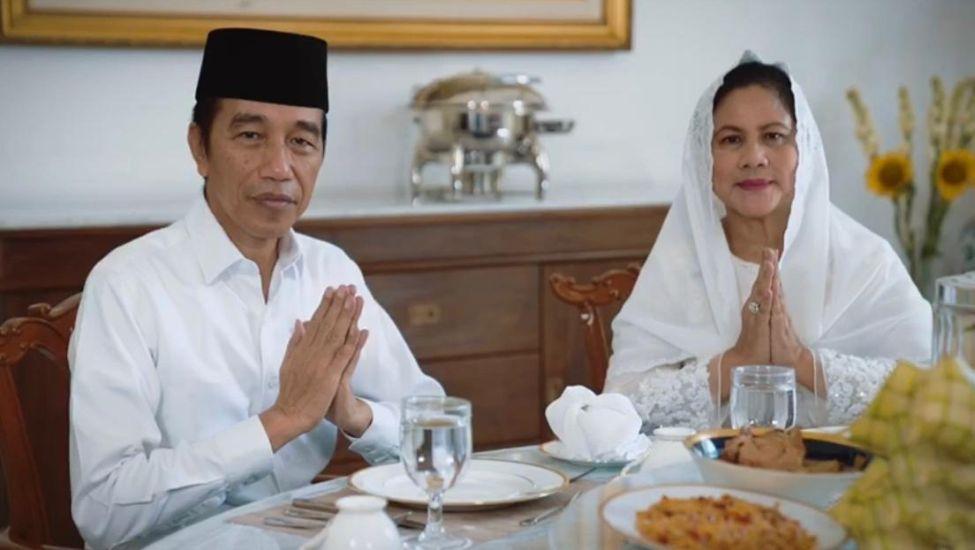 https: img-k.okeinfo.net content 2020 05 23 337 2218455 presiden-jokowi-dan-ibu-negara-ucapkan-selamat-idul-fitri-1441-hijriah-PrRiUZTOx0.jpg