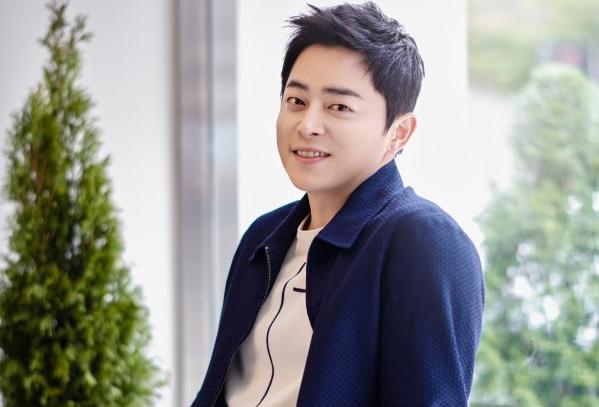 https: img-k.okeinfo.net content 2020 05 29 598 2221812 rahasia-sukses-jo-jung-suk-perankan-lee-ik-jun-di-hospital-playlist-LtwtK4Lg0t.jpg