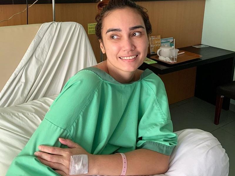 Feby Febiola Operasi Kista Ovarium Kenali Gejala Penyakitnya Rcti