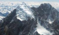 Cari Pendaki Gunung, Helikopter Thailand Ikut Hilang