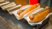 5 Makanan Lezat yang Disantap Penduduk dari Negara-Negara Paling Bahagia di Dunia, Salah Satunya <i>Hot Dog</i>