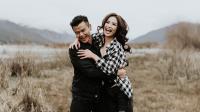 Sibuk Bekerja, Dion Wiyoko dan Fiona Tunda Honeymoon hingga Akhir Tahun 2017