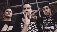Bikin Heboh, Blink 182 Ambil Bagian di Konser Chester Bennington Tribute