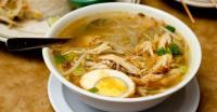 RESEP NENEK: Siapkan Makan Siang Spesial di Rumah, Jajal Soto Ayam & Gulai Ayam Mantap