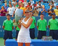 Tutup Musim 2017 dengan Kekalahan di Rumah Sendiri, Maria Sharapova <i>Ngaku</i> Tak Menyesal