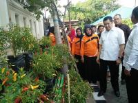 <i>Blusukan</i> di Makassar, Hary Tanoe Kagumi Lorong Garden dan Puji Danny Pomanto