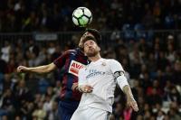 Sundulan Oliveira Bersarang ke Gawang Sendiri, Real Madrid Unggul 1-0 atas Eibar