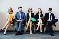 TIPS KARIER: Jadi Karyawan Baru, Jangan Irit Bicara hingga Harus Percaya Diri