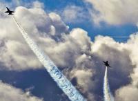 Pilot Lukis Gambar Alat Kelamin di Langit, Angkatan Laut AS Minta Maaf