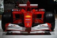 Mobil Ferrari F2001 Milik Michael Schumacher Laku Terjual di Acara Pelelangan