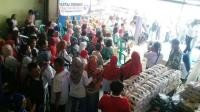 Peduli Terhadap Masyarakat, Kartini Perindo Bagikan 1 Ton Beras di Sukabumi