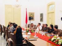 Terima Pimpinan World Bank, Jokowi Tanya <i>Outlook</i> Ekonomi Indonesia seperti Apa?