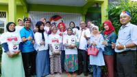 Ingin Dekat dengan Masyarakat, Kartini Perindo Bungo Jambi Santuni Lansia