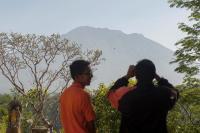 Pantau Perubahan Magma Gunung Agung, PVMBG Tambah Pemasangan Alat Tiltmeter