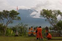 Gunung Agung Meletus, 5 Negara Keluarkan <i>Travel Advice</i> ke Bali