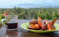 Sensasi Menikmati Makanan Khas Manado di Puncak Bukit De Corlano