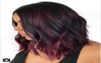 <i>Red Wine</i>, Tren Pewarnaan Rambut yang Digemari Jelang Akhir Tahun