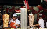Uni Eropa Pertimbangkan untuk Melarang Kebab, Mengapa?