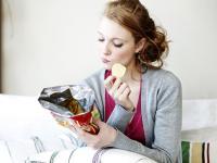 5 Tips Cermat Makan Camilan agar Tidak Merasa Bersalah