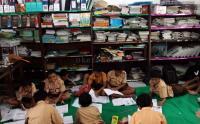 Sering Salah Konten, Kemdikbud Akan Atur Tata Kelola Buku Teks Pelajaran
