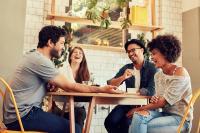 10 Tanda Anda Benar-Benar Memiliki Teman di Kantor