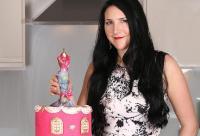 Perkenalkan Debbie Wingham, Perancang Kue Mewah yang Karyanya Pernah Dibanderol Rp1 Triliun