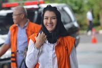 Tas Mewah Hasil Korupsi Disita KPK, Bupati Kukar Rita Widyasari: Harta Dunia Itu