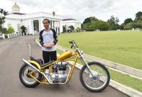 Tunggangi Motor Chopperland, Jokowi: Bagus dan Rapi Ini Motornya
