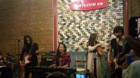 Kikan dan Musisi Lain Gelar Malam Peringatan Mendiang Dolores 'The Cranberris'