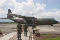 Pesawat Hercules Pengangkut Bantuan ke Bangladesh Singgah di Aceh