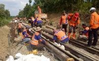 Jalur Kereta Api Semarang-Solo Masih Lumpuh Imbas Longsor