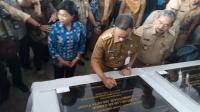 Resmikan Dua Kantor Kelurahan, Anies Berharap Kebutuhan Warga Cepat Selesai