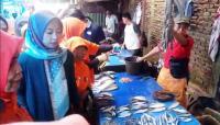 Indira Blusukan ke Pasar Ikan, Pedagang Banggakan Keberhasilan Danny Pomanto