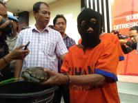 Guru SD di Surabaya Cabuli 65 Murid Laki-lakinya