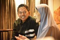 Dedi Mulyadi Beri Bantuan Hukum ke Mak Cicih yang Digugat 4 Anak Kandungnya