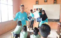 Mahasiswa UB Terpilih Jadi Relawan untuk Anak-Anak Buruh Migran di Malaysia