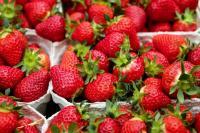 Konsumsi Stroberi dapat Mengatur Tekanan Darah, Juga 6 Khasiat Lainnya