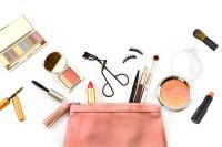 Produk Kosmetik Andalan Perempuan dari Kalangan Milenial hingga Dewasa