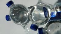 Bahaya Konsumsi Minum Air Mineral Kemasan, dari Menurunkan Jumlah Sperma hingga Kanker