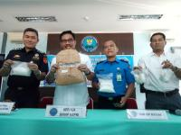 Pulang dari Malaysia, TKI Pembawa 2,5 Kg Sabu Ditangkap di Batam