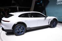 SUV Porsche Listrik Penantang Tesla Model X, Ini Penampakannya
