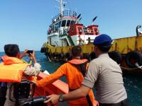 Bapak dan Anak yang Sempat Hilang di Perairan Jepara Ditemukan Selamat