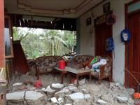 Lewat Corong Masjid, Warga Diminta Waspada Gempa Susulan di Banjarnegara