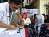 Ratusan Masyarakat Karang Anyar Serbu Pengobatan Gratis Perindo Bengkulu