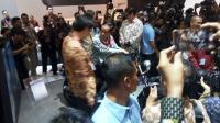 Foto: 5 Momen Jokowi Naik Honda Rebel di IIMS 2018