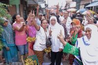Khofifah Blusukan ke Eks Lokalisasi Dolly Surabaya