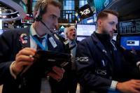 Wall Street Tergelincir Imbas Merosotnya Harga Minyak
