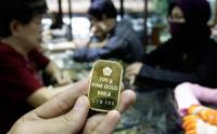 Harga Emas Antam Turun ke Rp663.000 Gram