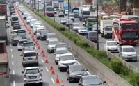 Rekayasa Lalin Tol Jakarta-Cikampek, Ada Penerapan One Way dan Contraflow di Titik Ini